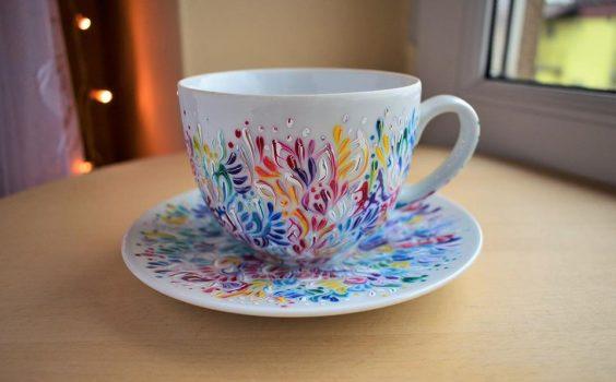 Ciepliki – ręcznie malowana porcelana z optymistycznym akcentem