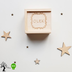 Drewniane pudełko z imieniem rozsuwane