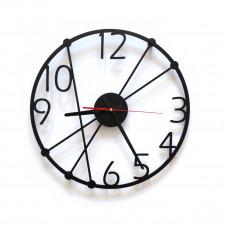 TIK TAK: Nietuzinkowy zegar ścienny GENT