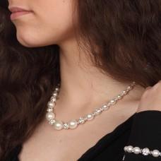 Naszyjnik ze szklanych pereł -c-109  Niewinność