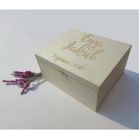 Pudełko grawerowane na koperty